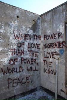 mauerliebegraffiti